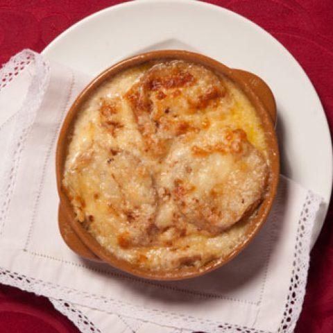 瓦莱达奥斯塔特色可丽饼(Crespelle alla valdostana)